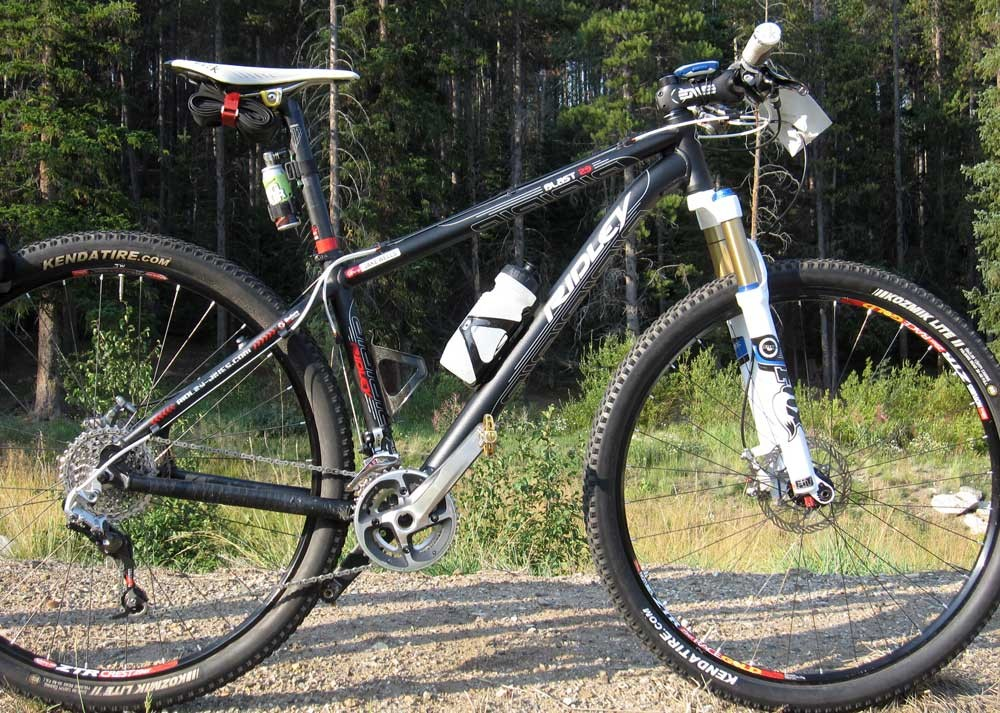 Like most of the racers at the sharp end of the race, Jake Wells piloted a 29er hardtail