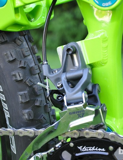 Norco moved the Range to a direct-mount front derailleur for 2013, with ISCG-05 tabs