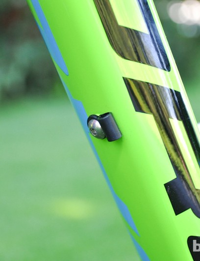 Dropper-post routing is new to the Range for '13