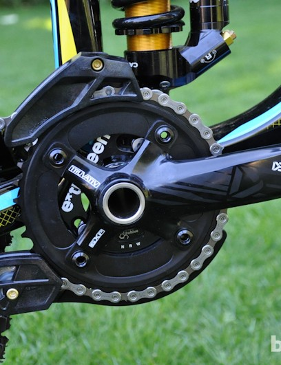 The Aurum 1 comes stock with Truvativ Descendant cranks