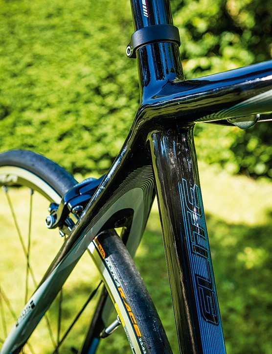 SDS rear stays don't actually deliver much in terms of shock absorption compared to other 'comfort' bikes