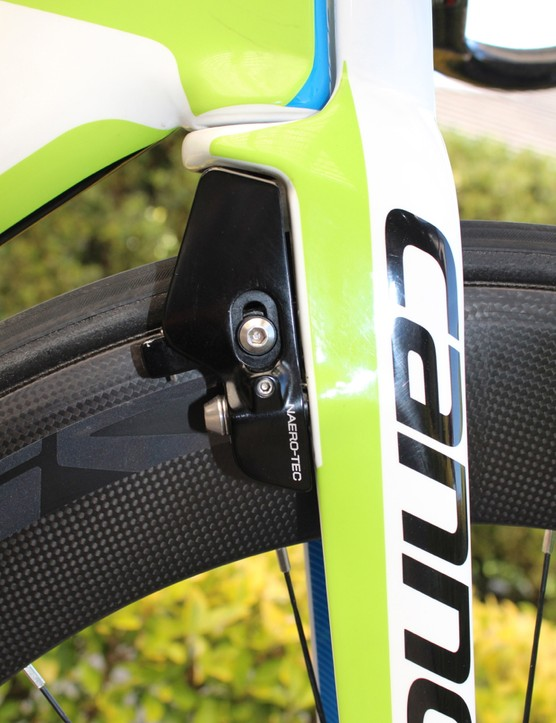 Cannondale's proprietary V-brake on the Slice RS