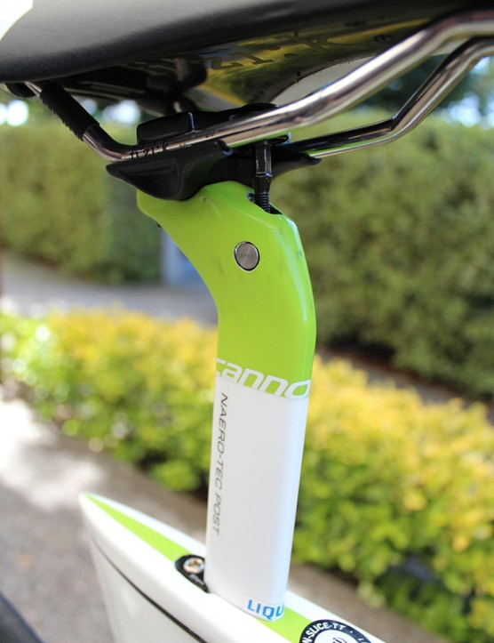 The Slice RS seatpost is substantially less bulky than the original Slice post
