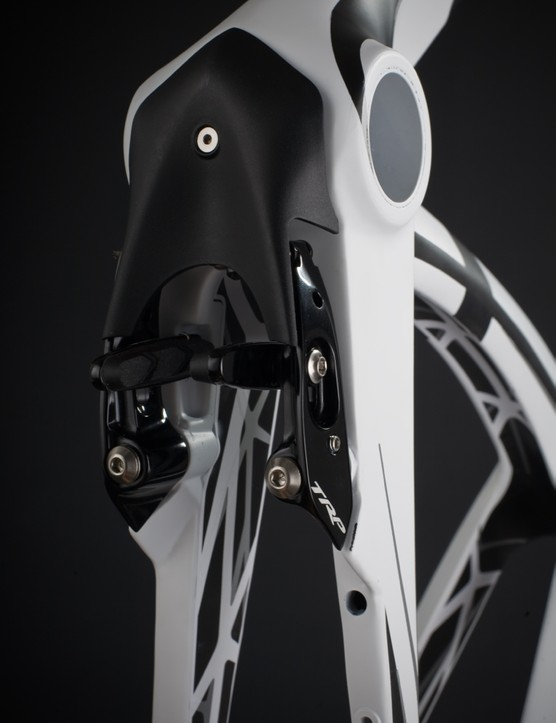 Unlike the 2012 Ordu that has a traditional rear brake, the 2013 model features a TRP brake under the seat stays