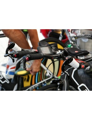 Team Exergy runs Vision Metron brake levers and Microshift bar-end shifters