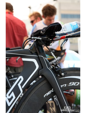 Most of Team Exergy used adjustable stems on their Felt DA time trial bikes