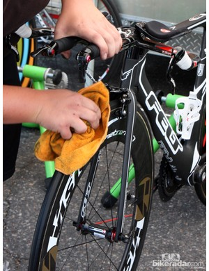 Scrubbing the tires of Team Exergy before Sunday's time trial in Denver, Colorado