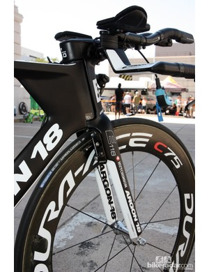 Spidertech's Argon 18 E-118 time trial bikes feature external-steerer forks and integrated linear-pull brakes
