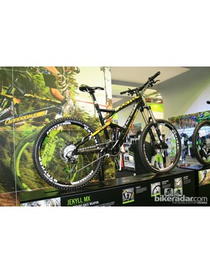 Cannondale's alluminium Jekyll MX is new for 2013 and built for race enduro. It features a Fox 34 fork and 160mm travel