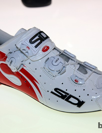 Sidi's new top road shoe for 2013 is the Wire Vent Carbon, which uses two sets of cables to secure the upper around the foot