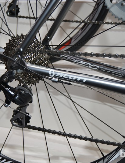 The Speedster 20 has a Syncros Race 28 wheelset