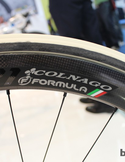 Colnago and Formula are celebrating their partnership - even with branding on the Artemis wheels