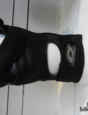 Light Lycra at the back of the AMX Zipper knee pad should keep it feeling pretty cool