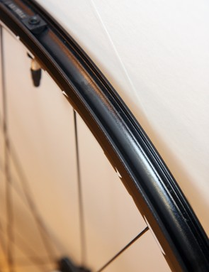 The solid outer wall on Easton's new EA90 XD rim boasts a genuine Road Tubeless profile