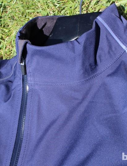 A waterproof zipper, reflective piping and a zipper garage highlight the Hardshell
