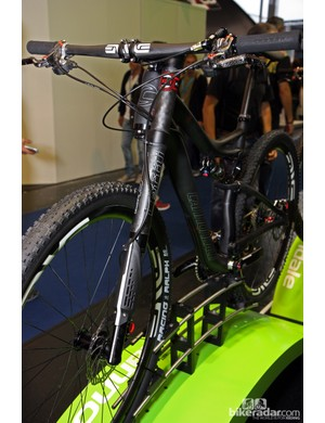 Claimed weight for the 2013 Cannondale Scalpel 29er Carbon Ultimate's Lefty XLR 100 fork is a paltry 1,332g (2.94lb)