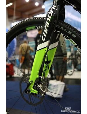 Cannondale's new SuperX disc fork is built with differential leg shapes and layup schedules to handle the asymmetrical loading of the disc