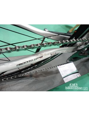 The chainstays feature Bianchi's Active Technology for increased comfort