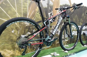 The second level 29FS runs a SRAM X7 drivetrain and Magura suspension