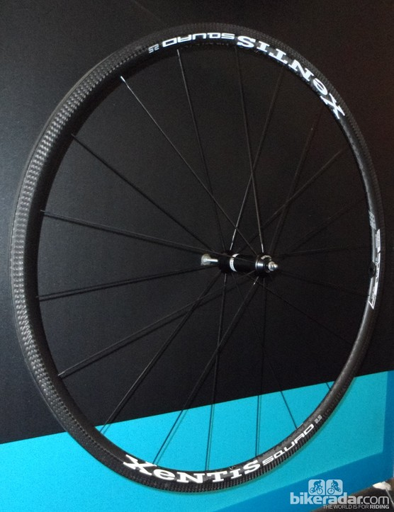 The Squad 2.5 full carbon clincher could be one of the lightest wheels we've seen, at a claimed weight of just 1,242g a pair