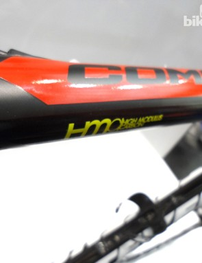 Hi-mod carbon and internal cable routing on the Comet