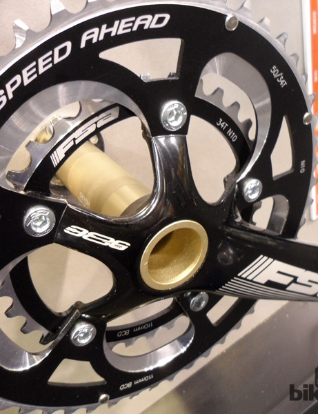 BB386 finally comes to an affordable price point with the new Gossamer chainset