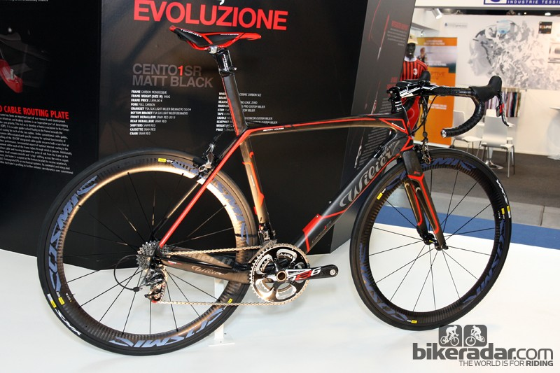 The new Wilier Triestina Cento 1 SR debuted earlier this year under the riders of Lampre-ISD