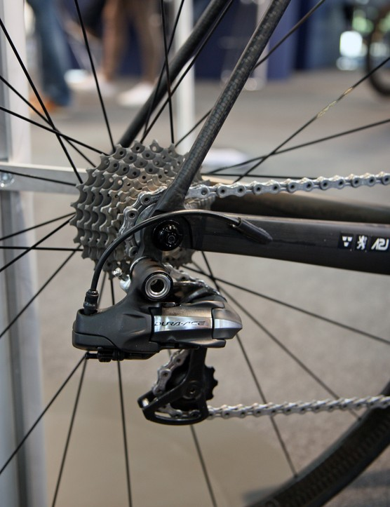 This Rolo Limited Edition model may have focused on trimming weight but the company still opted for Shimano's Dura-Ace Di2 electronic group for this showpiece