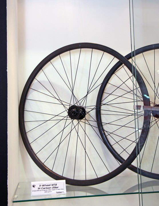 Claimed weight for Carbon-Ti's new X-Wheel carbon fiber mountain bike 29er wheelset is just 1,250g