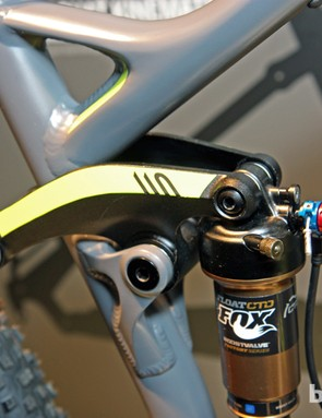 Canyon welds the base of the Nerve AL 29's shock link together to keep the two sides from twisting under load