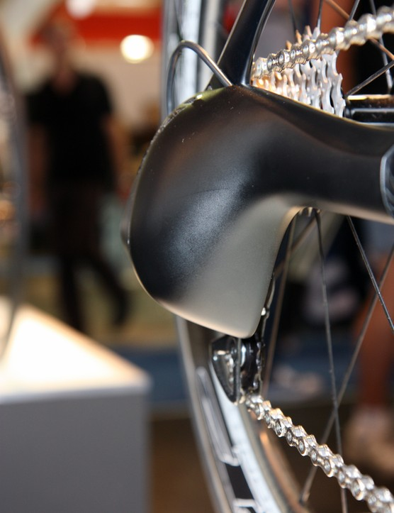Time trialists subject to UCI rules certainly wouldn't be able to use Canyon's rear derailleur shroud but it might appeal to triathletes who aren't held back by the same restrictions
