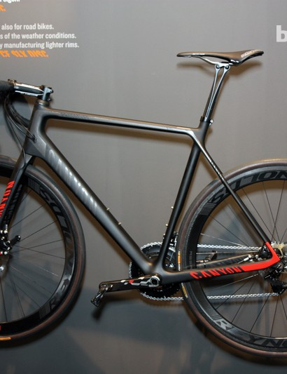 Canyon showed off this Ultimate CF SLX Disc concept at this year's Eurobike show. The hydraulic calipers weren't actually hooked up to anything, though