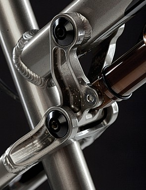 The rising suspension rate means 130mm of smooth travel feels bottomless