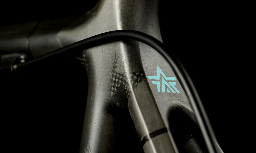 The Argonaut seat cluster uses tube-to-tube construction