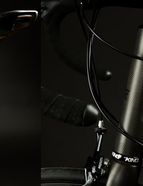 With a custom frame, why not go with an integrated seatmast