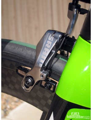 SRAM includes separate left and right spring tension adjustments for easier centering. The square-profile springs lend a snappy feel