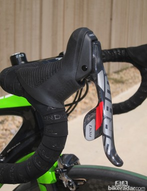 The refined shape of SRAM's latest Red DoubleTap levers is less aggressive tapered than before and generally smaller in girth. There's also more room underneath for your fingers. In combination, the new form is easier to grab firmly and is generally more comfortable