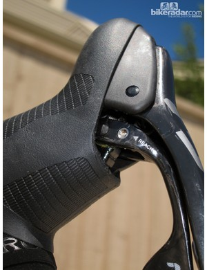 Shift paddle reach is now easier to adjust than before with a straightforward 2.5mm Allen wrench
