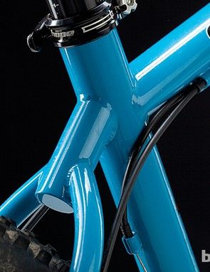 The lightweight, oversized seat tube is dropper post-compatible