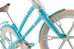 The six-spoke, one-piece wheels on Schwinn's Ultimate Portable Velo aren't ever likely to make it to production but they certainly look cool