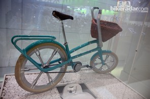 Could you picture yourself pedaling around town on Schwinn's Ultimate Portable Velo someday