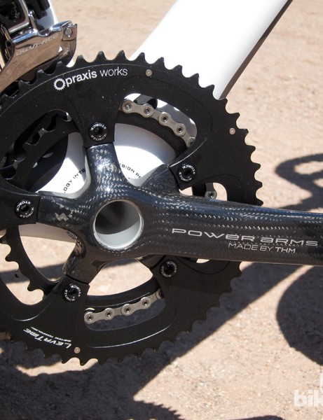 Storck has dropped the weight of its Powerarms carbon road cranks by 30g while supposedly also simultaneously increasing stiffness. Claimed weight for the arms, integrated spindle, and bottom bracket is a feathery 410g. Cost has dropped €200 but is still an astronomical €899