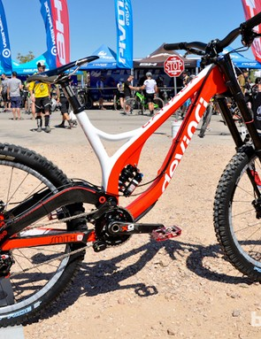 Both Devinci and Steve Smith are off to a great start with the new carbon Wilson, after Smith won last week's World Cup in Norway on the new frame