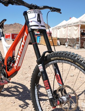 Smith's Devinci featured RockShox BlackBox suspension on the front and rear
