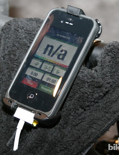 The inRide Watt Meter displays data via an iPhone/iPad app