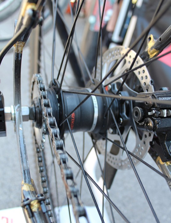 A three-speed internal hub keeps the chain line tidy
