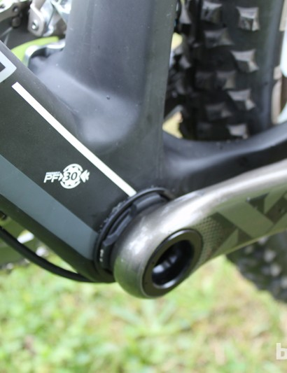 Swift Carbon have opted for a press-fit 30 BB shell and a gently curved seatpost