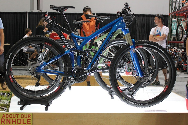 This complete build reportedly weights 27-pounds. Frame weight with shock is expected to be under six pounds.