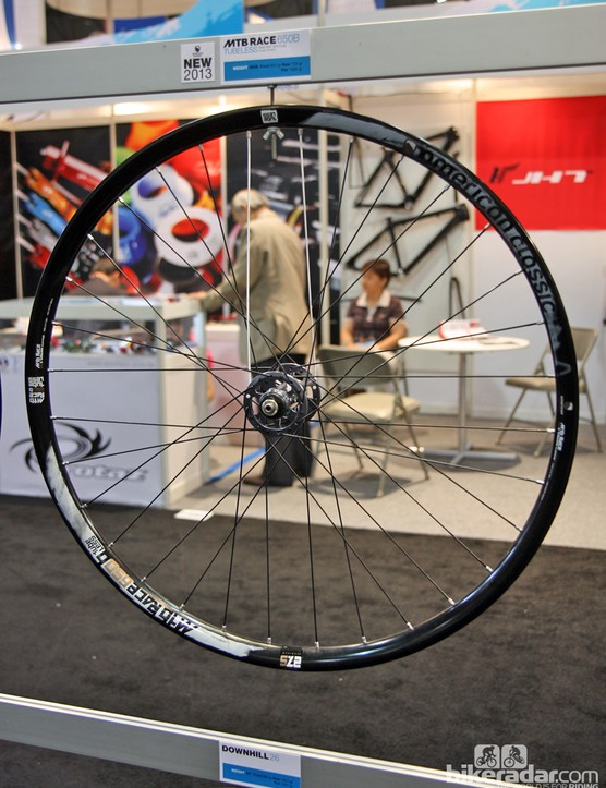 The new American Classic MTB Race 650b supposedly weighs just 1,435g in a pair, but still features a generously proportioned, 28mm-wide tubeless rim