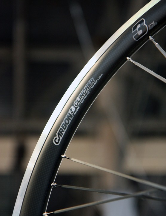 The new American Classic Carbon 38 clincher uses a carbon cap bonded to an alloy brake track and tire bed. External width is 22mm
